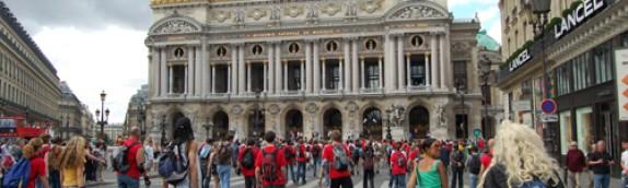 Paris Rollers! Szybki spacer po Paryżu na ośmiu kółkach